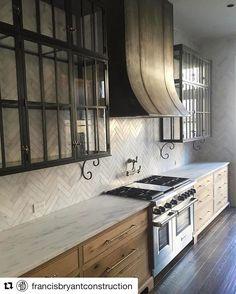 "2,851 Likes, 64 Comments - Chandelier Development (@chandelierdevelopment) on Instagram: ""Very impressive details and craftsmanship in this kitchen by @francisbryantconstruction…"""