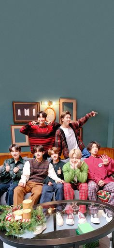 Bts Jungkook, V E Jhope, Namjoon, Bts Group Picture, Bts Group Photos, Foto Bts, Bts Gifs, V Bts Wallpaper, Iphone Wallpaper