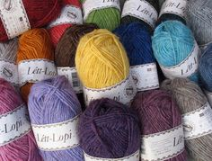 no - Spesialist på islandsk ull Yarn Thread, Yarn Colors, Writing Inspiration, Knitting Projects, Color Combos, Mittens, Winter Hats, Throw Pillows, Sewing