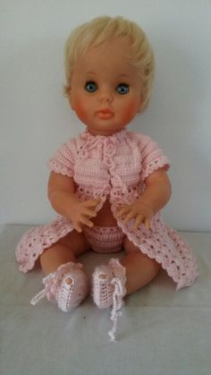 My rosy cheeks pedigree first love doll Baby Born, Baby Outfits, No One Loves Me, Vintage Dolls, My Childhood, Baby Dolls, Doll Clothes, First Love, Crochet Hats