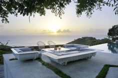 Peaceful island hideaway with Balinese design