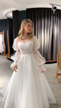 Fancy Wedding Dresses, Wedding Dress Trends, Wedding Dress Sleeves, Elegant Dresses, Pretty Dresses, Bridal Dresses, Wedding Gowns, Fairytale Dress, Classy Dress