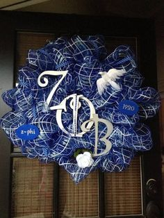 Zeta Mesh Wreath by TrinasTrimmings on Etsy Sorority Sisters, Sorority Gifts, Sorority And Fraternity, Phi Beta Sigma, Alpha Kappa Alpha, Black Fraternities, Greek Crafts, Diy On A Budget, Mesh Wreaths