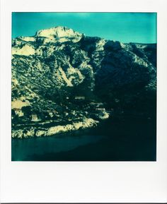 Calanque de Sormiou / #Marseille #polaroid #calanques #mer #montagne #nature / www.marseillepolaroid2013.com