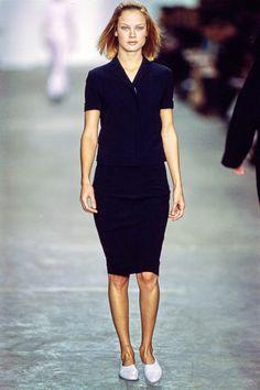 Calvin Klein Collection Spring 1998 Ready-to-Wear Fashion Show - Carolyn Murphy