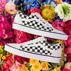 Spring-ready? Check. Shop the Checkerboard Old Skool or find a store on vans.com