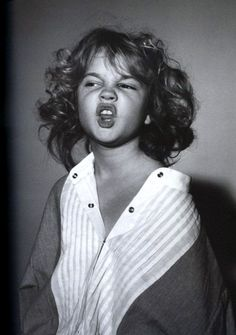 """A young Drew Barrymore.the """"being bratty"""" face. Celebrity Baby Pictures, Celebrity List, Celebrity Babies, Celebrity Gossip, Celebrity Style, Wit And Delight, Famous Faces, Movie Stars, Actors & Actresses"""