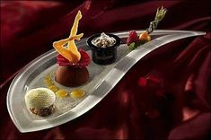 Comme Un Chef, Le Chef, Michelin Star Food, Chefs, Mario, Food Decoration, Food Science, Food Plating, Plating Ideas