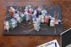 Sculpture poignets de chemises recyclées