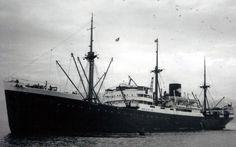 6 september 1945 Het vrachtschip ms 'Tarakan' (1930)  van de Stoomvaart Maatschappij 'Nederland' (SMN)  http://koopvaardij.blogspot.nl/2015/09/6-september-1945.html