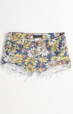 Billabong has the cutest shorts Casual Outfits, Cute Outfits, Fashion Outfits, Womens Fashion, Fasion, Summertime Outfits, Summer Outfits, Billabong Shorts, Pacsun Shorts