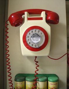 Retro Telephone  #red #retro #telephone #phoneafriend