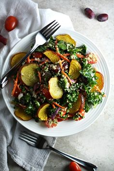 Vegan Kale and Golden Beet Salad with Quinoa and Lemon-Tahini Dressing (healthy lunch recipe) by Drool-Worthy