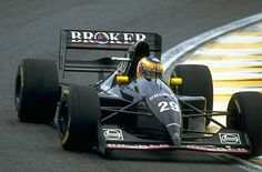 Karl Wendlinger of Austria cuts close to a corner in his Sauber Mercedes during the Brazilian Grand Prix at the Interlagos circuit in Sao Paulo...