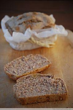 Per chi soffre di intolleranza al glutine, mangiare il pane e la pasta è impossibile, a meno che non si acquistino i prodotti senza glutine, che sono abbastanza costosi e devono essere cucinati sep...