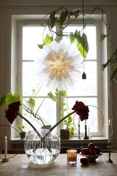 Tisdagsgrejer i favoritfärger Merry Little Christmas, All Things Christmas, Christmas Home, Xmas, Scandinavian Home, Wonderful Time, Interior Inspiration, Advent, Glass Vase