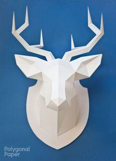 Aquí puedes comprar los archivos para hacer una cabeza de ciervo de papel. Vas a recibir unos archivos con la plantilla que puedes imprimir en las hojas de papel del formato que sea cómodo para ti – A4 (210 mm * 297 mm) oA3 (420 mm *297 mm) o A1 (594mm *841 mm).Vas a necesitar carton para la bas