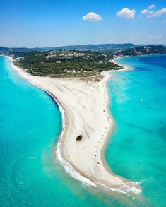 Natures wonders: stunning Miti beach at Possidi Chalkidiki; a narrow strip of sand surrounded by clear turquoise waters Thessaloniki, Montenegro, Tonga, Halkidiki Greece, Lanai Island, Philippines Travel, Rio, Beach Pictures, Greece Travel