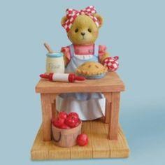 Cherished Teddies Bear Baking Apple Pie ~ You Bake The World A B