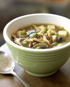 Vegan Hot and Sour Soup made in a crockpot! - Might have to buy the book. Busy evenings make crockpot cooking appealing. This ones Vegan.
