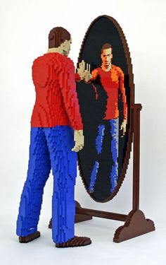 REFLECTION, the mirror is lego too! The Art of the Brick: Artists Amazing LEGO Creations (PHOTOS)