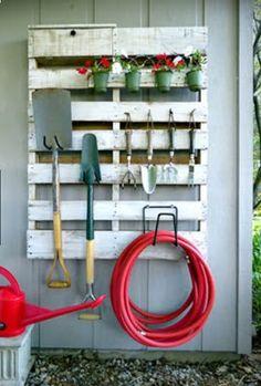 Pallet Garden Tool O