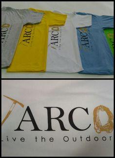 T-Shirt con stampa a 2 colori #arco