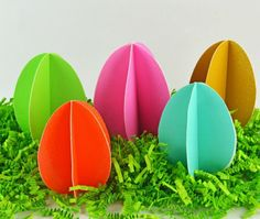 osterdeko ideen papier eier bunt farben basteln