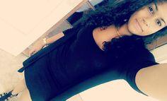 -On ne doit mettre son espoir qu'en soi même.   #pic #picoftheday #instapic #photo #instaphoto #like #likeforlike #likeforlikealways #instalike #974 #team974 #iledelareunion #runisland #mixed #mixedgirl #teammixed #curly #curlyhair #curls #instacurls #tbt #a #black #sun #winter by ophelie_lgr
