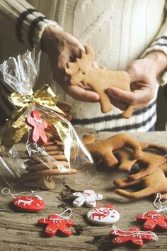 Pepparkakor ~ #Swedish cookie ornaments! #Moose