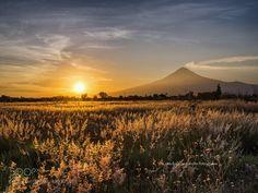 Sunset with the volcano by CristobalGarciaferroRubio