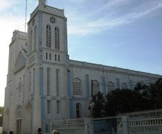 The city of Les Cayes is located in the Department of Sud in Haiti. Find out more practical & tourist information about Les Cayes (HT-8110).