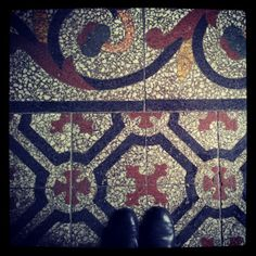 From where I stand, carrelage.