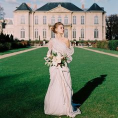 Set in the heart of the world's most romantic city, this Parisian bridal shoot must be seen. An icy blue Marchesa gown at the Musee Rodin!