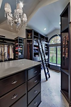 Ladies – Dream Walk in Wardrobes / Closets | Trying to Balance the Madness