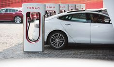 The founder of electric car battery company TankTwo likes to revisit the Northeast Blackout, when power went out from the greater New York City area and into the Midwest. Electric cars could trigger the same again, because air conditioning already maxes out the power grid in the summer, without adding cars on top.