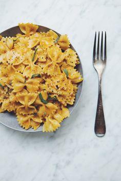 vegan pumpkin sage cream sauce (pasta) | RECIPE on hotforfoodblog.com