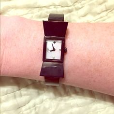 Kate Spade mother-of-pearl black bow watch! Beautiful black bow watch with mother-of-pearl face. Never worn, links untouched. Stay classy with this on your wrist! Has removable links to fit your wrist. kate spade Jewelry