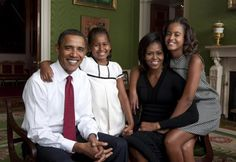 Unique Pictures of Malia and Sasha Obama Life at the White House