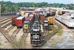 RailPictures.Net Photo: NS 3459 Norfolk Southern EMD SD40-2 at Atlanta , Georgia by David Stewart