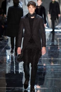 Berluti Fall 2015 Menswear Fashion Show