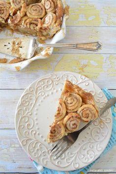 Apple Pie with Cinnamon Roll Crust