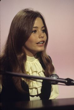 1972 Susan Dey Style Evolution: 'The Partridge Family' Star Is The Epitome Of '70s Cool (PHOTOS)