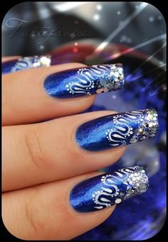 .pretty design, not crazy about the blue