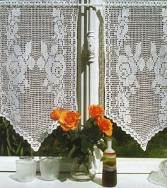 Crocheted Curtain Twin Roses by LaisviakCrochet on Etsy Crochet Curtains, Lace Curtains, Crochet Tablecloth, Crochet Doilies, Crochet Lace, Princess Poppy, Make Color, Color Shades, Filet Crochet