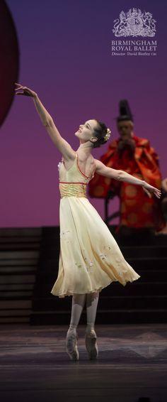 Birmingham Royal Ballet - The Prince of the Pagodas; Jenna Roberts as Princess Belle Sakura; photo: Bill Cooper