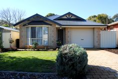 #Home in Morphett Vale sold by Brian Pounsett from the Professionals Christies Beach, real estate agency - 08 8382 3773. #BayWindow #Gable #RealEstate