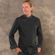 Veste chef cuisinier noir homme 5529 est un vêtement de travail confortable, destiné aux professionnels de la restauration, d'autres modèles sur spiq.fr