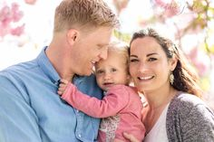 Mini Sessions | spring family photography | cherry blossom | Eddie Judd Photography
