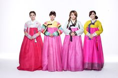 Brown Eyed Girls MiRyo, Narsha, JeA and GaIn in Korean Traditional Clothing 'Hanbok' Korean Traditional, Traditional Outfits, Brown Eyes, Red Eyes, Brown Eyed Girls, Korean Star, Prom Dresses, Formal Dresses, Girl Wallpaper